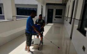 学校瓷砖地面防滑