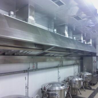 常州清洗公司之大型抽油烟机管道清洗、维修施工